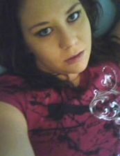 blueznpinkshadow 31 y.o. from USA