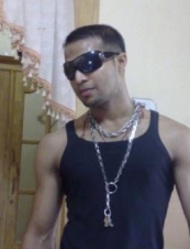 mozas 30 y.o. from UK