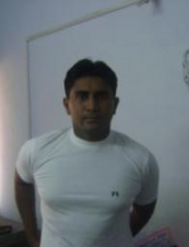 sumit 32 y.o. from India