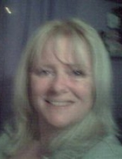 sandra 52 y.o. from UK