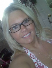 Mitchelle 46 y.o. from USA