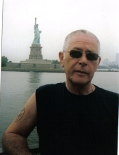 alan 70 y.o. from UK