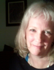 Lisa 62 y.o. from USA
