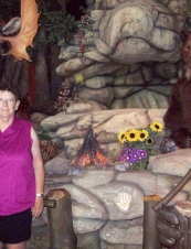Donna 70 y.o. from Canada