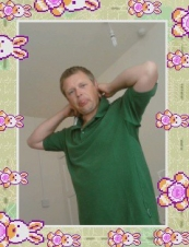 marcus 44 y.o. from UK
