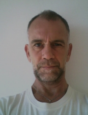 Tony 54 y.o. from UK