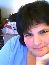 Julie 47 y.o. from Canada