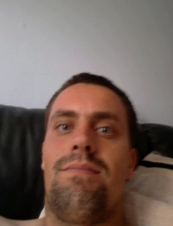 peter 39 y.o. from UK