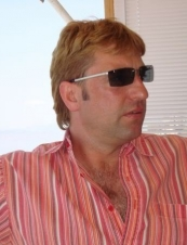 Desmond 49 y.o. from USA