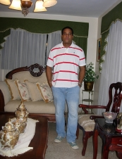 Miguel 44 y.o. from Dominican Republic