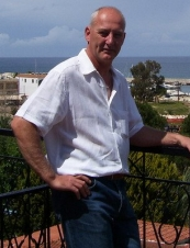 paul 56 y.o. from USA