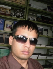 Dinesh 37 y.o. from Nepal