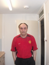 SIMON 52 y.o. from UK