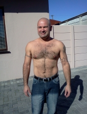 Donovan 44 y.o. from South Africa