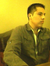 uziel 33 y.o. from USA