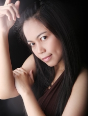 carina 35 y.o. from Indonesia