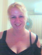 Michelle 38 y.o. from UK