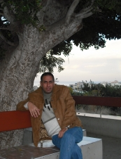 hicham 46 y.o. from Lebanon