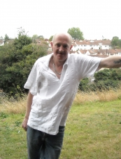 peter 56 y.o. from UK
