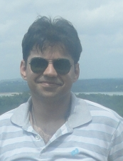 nitin 32 y.o. from Singapore