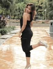 stella 33 y.o. from Indonesia
