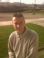 chris 52 y.o. from UK