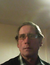 Joe 60 y.o. from UK