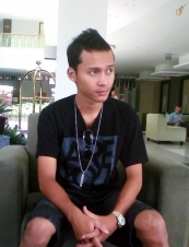 reno 29 y.o. from Indonesia