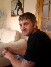 robin 48 y.o. from UK