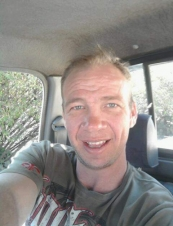 louw 43 y.o. from South Africa