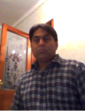MAHMOOD 46 y.o. from Italy