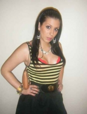 sarah 33 y.o. from UK