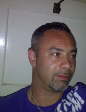 aaron 43 y.o. from UK