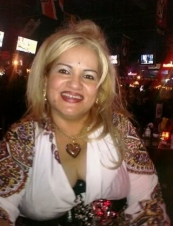 Deborah 44 y.o. from USA
