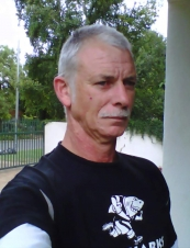 Didirick 60 y.o. from South Africa