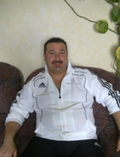 Bashaar 47 y.o. from UK