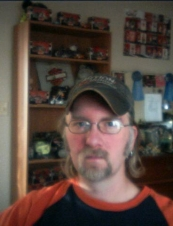 bennie 44 y.o. from USA