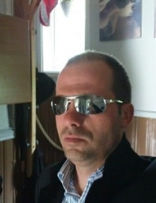 edwin 44 y.o. from USA