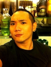 John 28 y.o. from Philippines