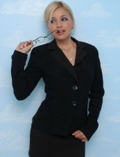 Laura 34 y.o. from USA