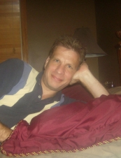 Terry 53 y.o. from USA