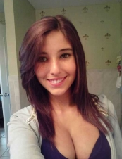 angie 28 y.o. from USA