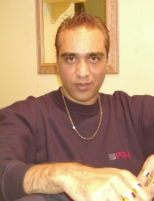 Ashish 46 y.o. from UK