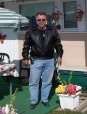 Brent 64 y.o. from Canada