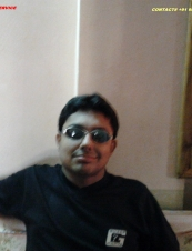 Gigolo 32 y.o. from India