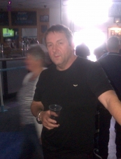 dave 45 y.o. from UK