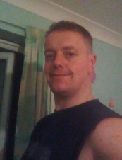 Alex 39 y.o. from UK