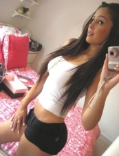 chelsea 32 y.o. from USA