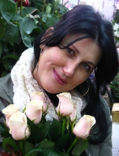 francisca 48 y.o. from USA