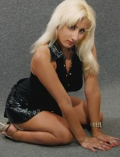 maia 36 y.o. from USA